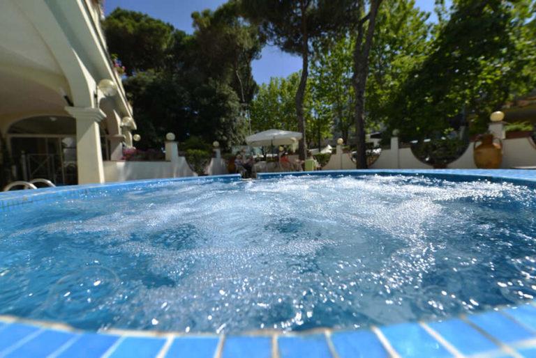 crp944x632-piscina-2